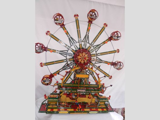 Circumnavigator Fairground Ride built by James Santiago Plicio