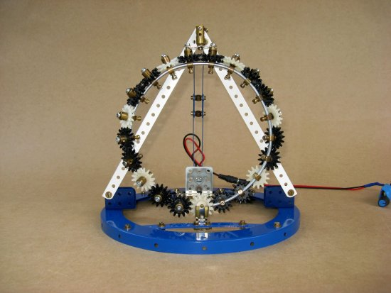 Möbius Gears Loop using Meccano MPGs - front