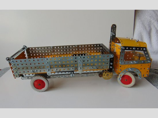 5.5 Tipping Lorry from 1966 Meccano Set 5